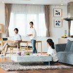 家族で暮らすリビングルーム